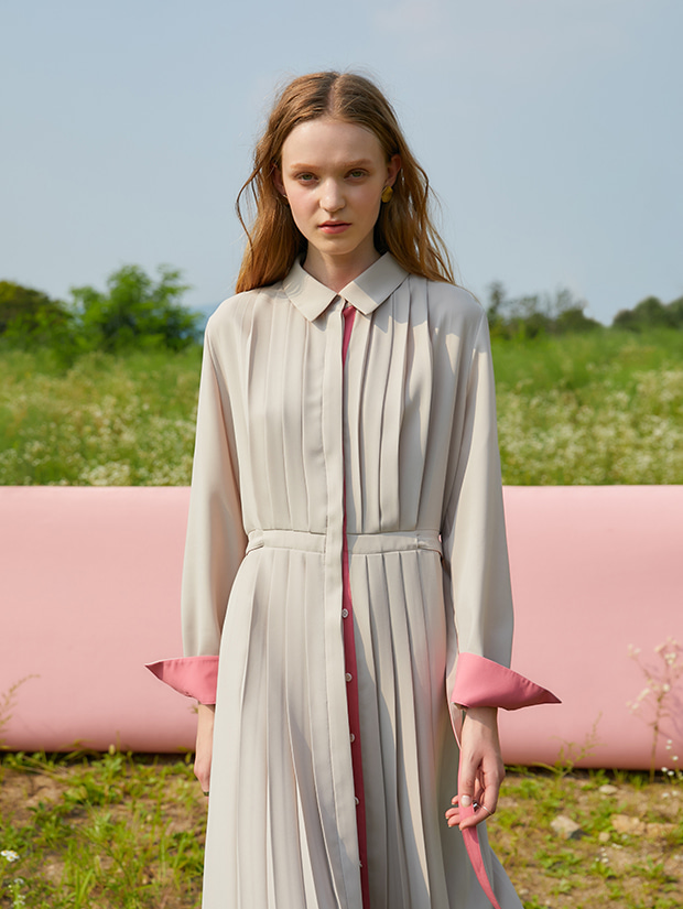 (20일 예약배송)19FW 1ST PLEATS SHIRT DRESS_BEIGE
