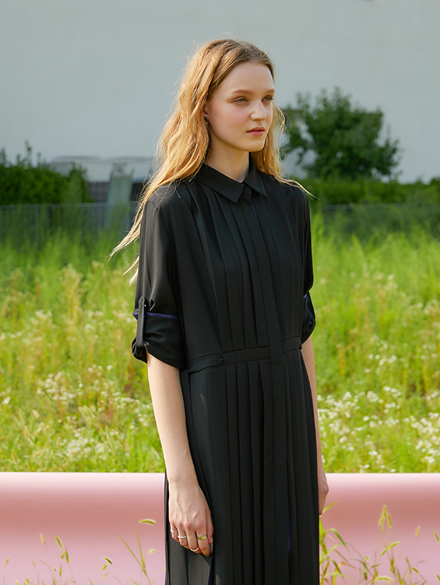 (20일 예약배송)19FW 1ST PLEATS SHIRT DRESS_BLACK
